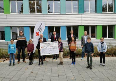 """Schüler """"erwandern"""" über 16.000 € für Flutopfer im Ahrtal"""